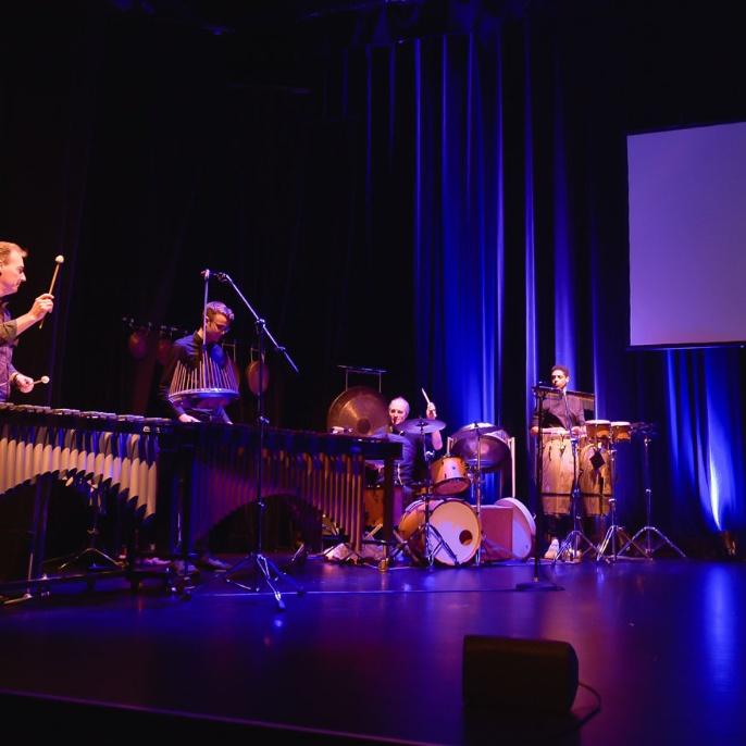Musik: Die Paradise Combo und das Küting-Nestel Percussion-Duo