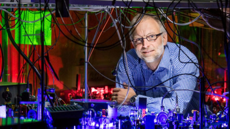ERC Advanced Grant for Prof. Tilman Pfau.